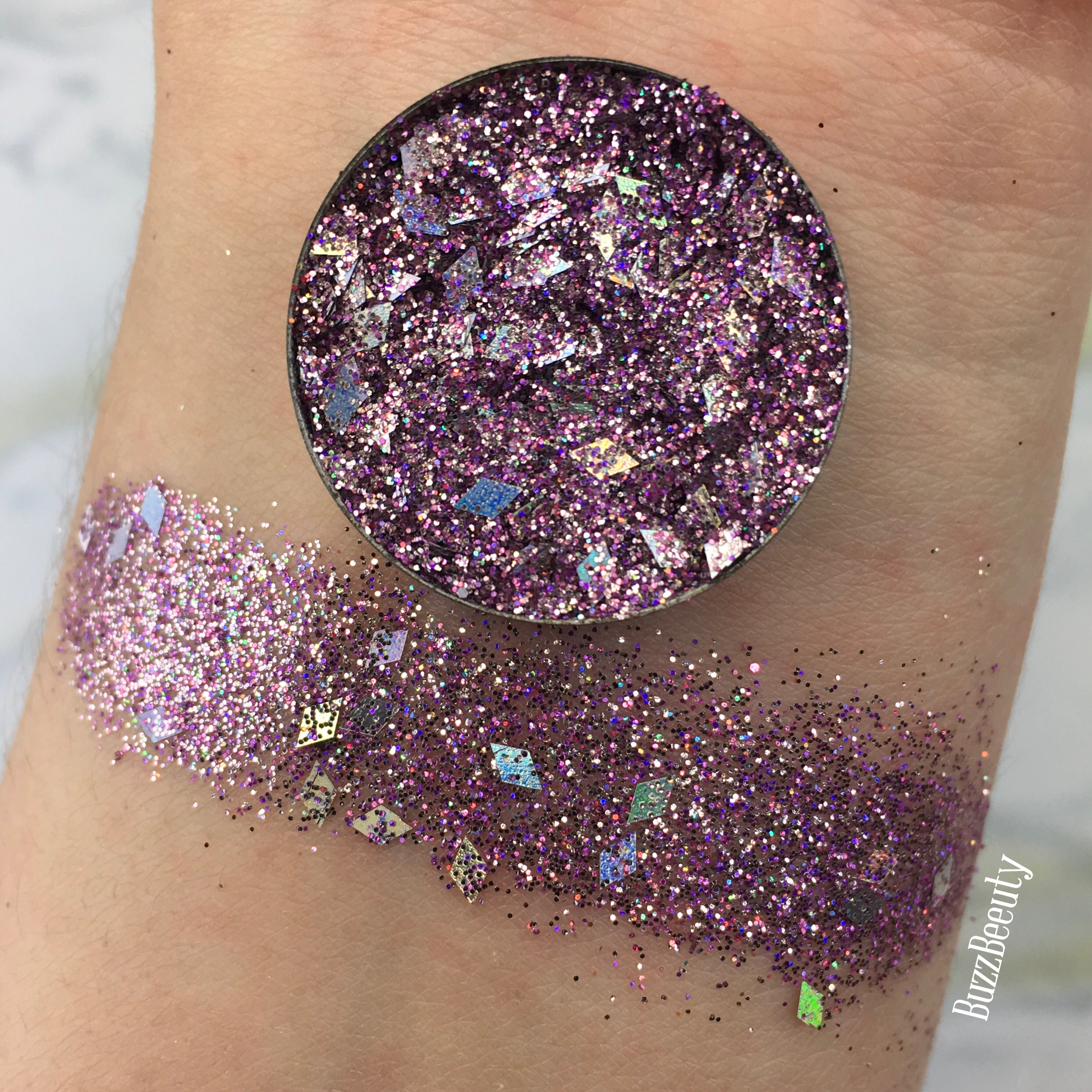 Dear Katie Brown Pressed Glitter Swatch in Elissa. Light purple with chunky diamond holographic glitters.